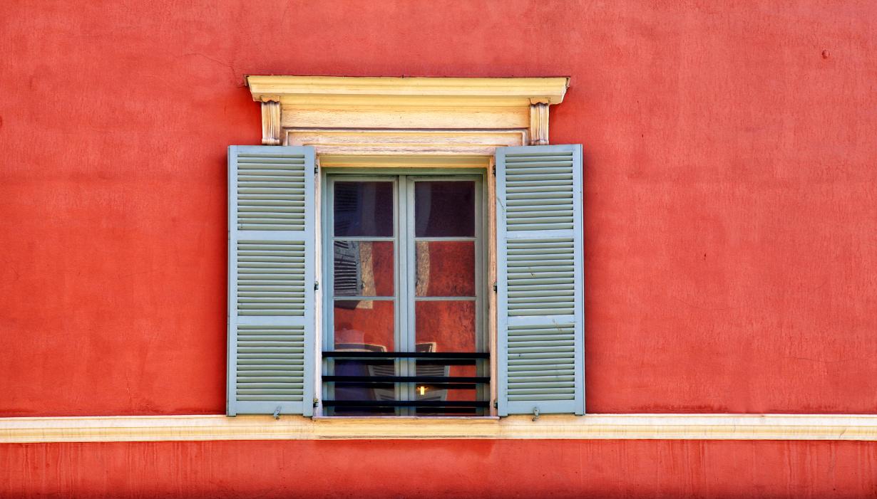 Comment Peindre Des Fenetres En Bois comment repeindre des fenêtres en bois ?
